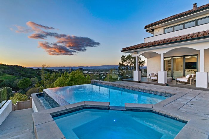 Dwyane Wade and Gabrielle Union's L.A. home